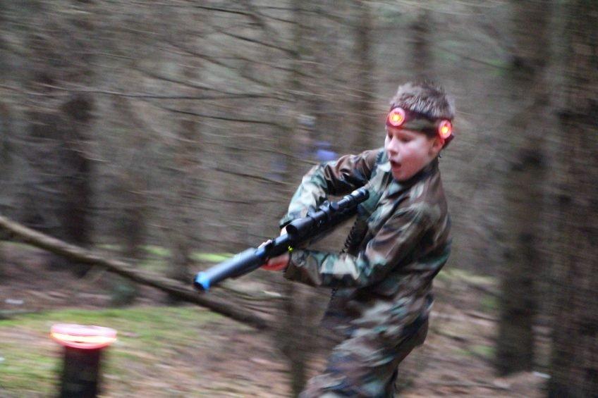 Justo gimtadienis su lazerių žaidimu miškelyje šalia namų Vilniuje