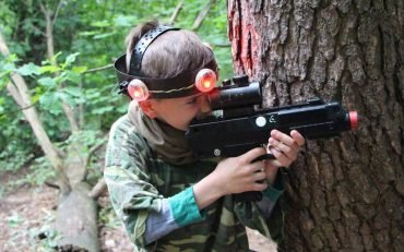Domanto 12-asis gimtadienis pramogaujant su Laser Tag Antakalnio miškuose