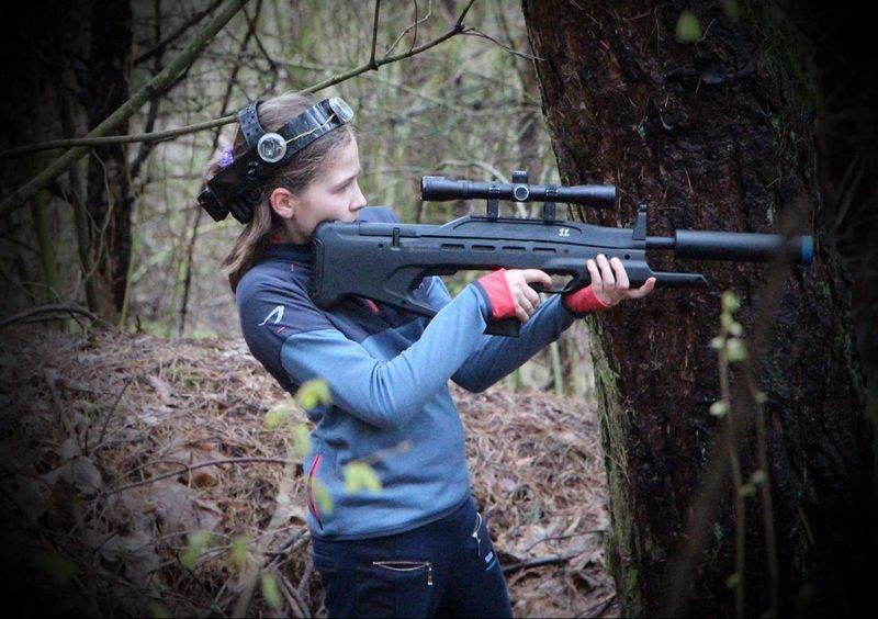 Emilijos 12-asis gimtadienis žaidžiant LaserTag'ą Antakalnio miškuose