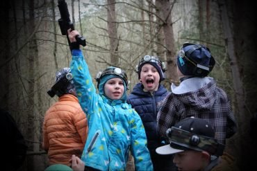 Naglio 9-asis gimtadienis su LaserTag kovomis miške
